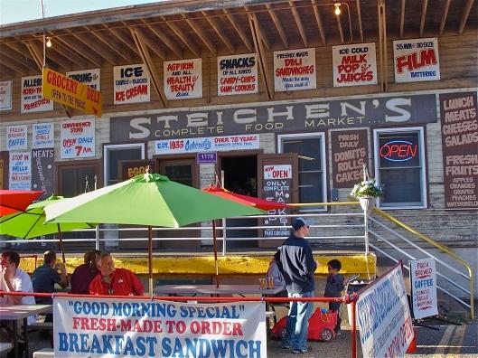 Steichens Food Market DSC03120